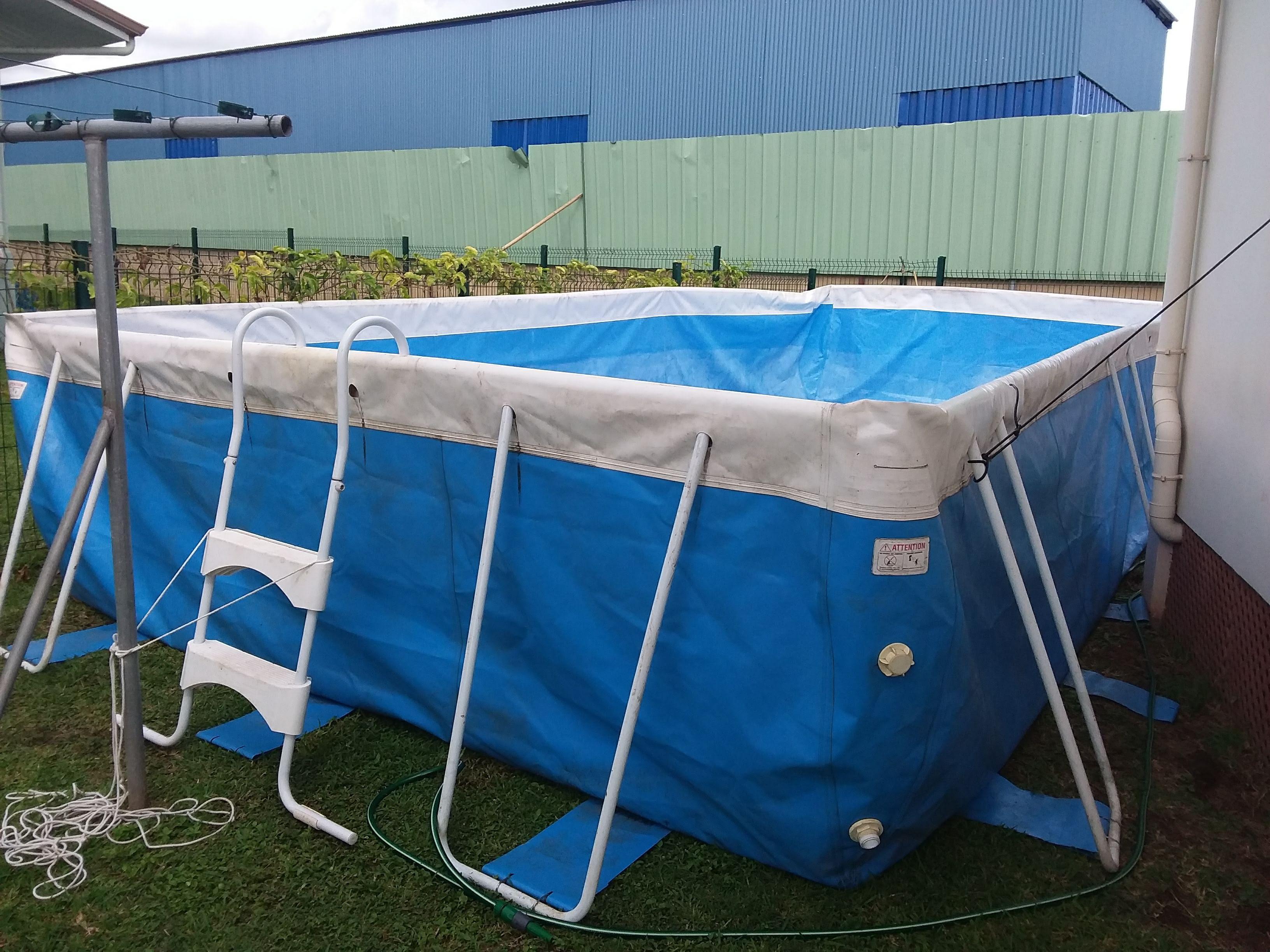 Vends piscine laghetto 8m x 4m x 1 30m toute quip e for Prix piscine laghetto