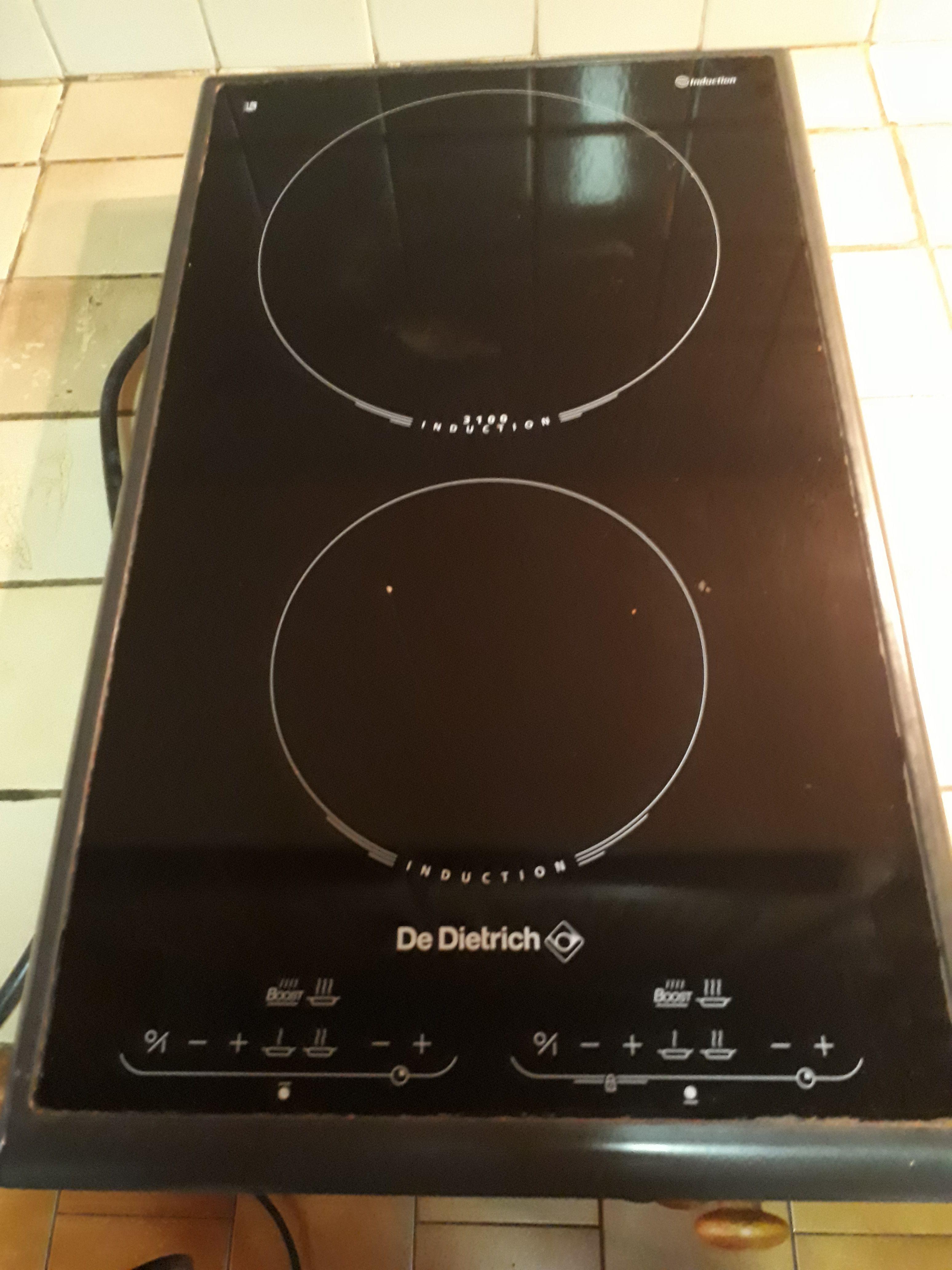 plaque induction de dietrich encastrable big ce. Black Bedroom Furniture Sets. Home Design Ideas